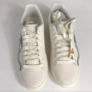 6b71f86f9fe4 Puma Shoes - Puma Clyde NEW men snake embroidery sneaker 9